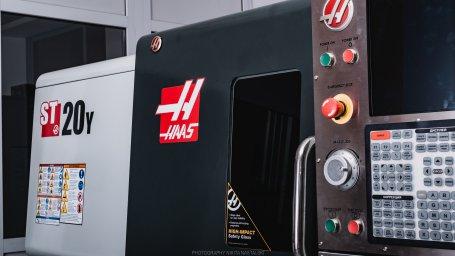 Центр HAAS